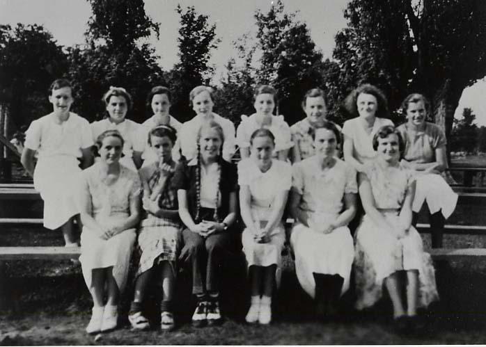class photo 1935